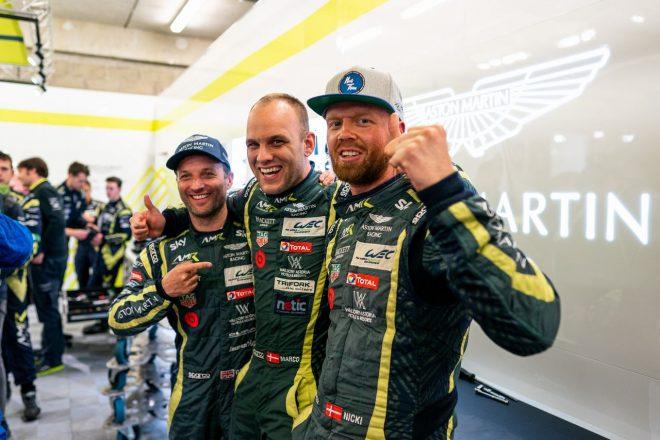 LM-GTE Proクラスのポールポジションを獲得したアストンマーティン・レーシングの(左から)ダレン・ターナー、マルコ・ソーレンセン、ニッキーー・ティーム
