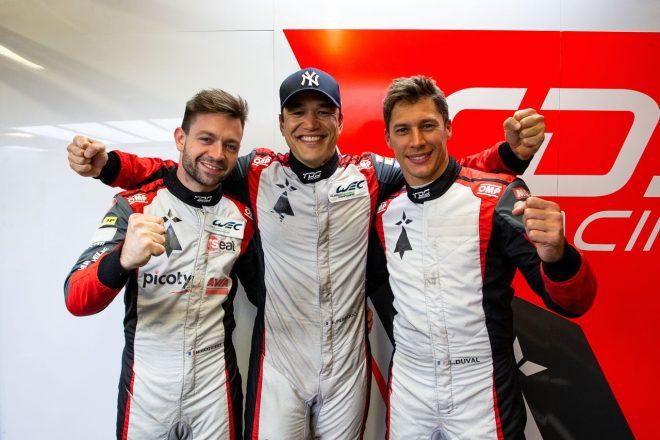 繰り上がりポールを獲得したTDSレーシングの(左から)マシュー・バキシビエール、フランソワ・ペロード、ロイック・デュバル