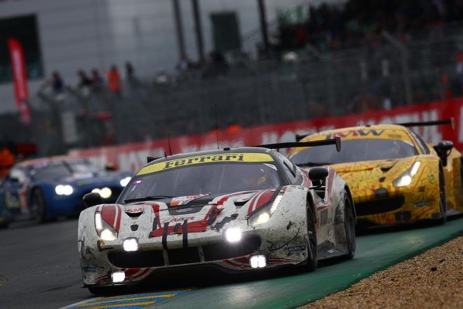 石川資章が乗り込んだMRレーシングのフェラーリ