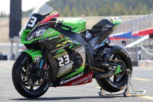 MotoGP | Kawasaki Team GREENのカワサキNinja ZX-10RR 2019年仕様(左フロント)