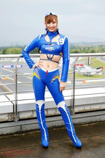 レースクイーン | 安田七奈(WedsSport RACING GALS)