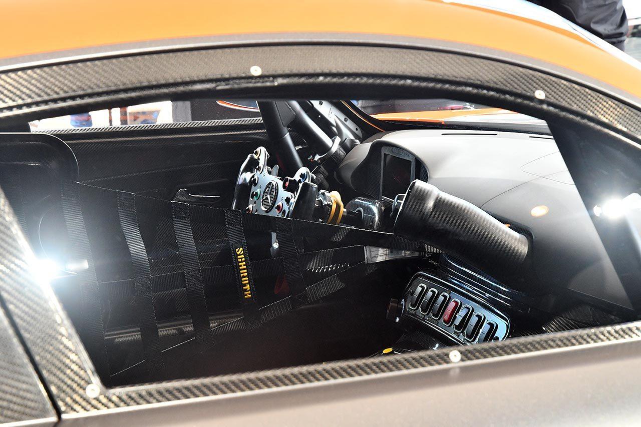 メルセデスAMG、各所を大幅リファインした新型メルセデスAMG GT3を公開。2019年末から販売