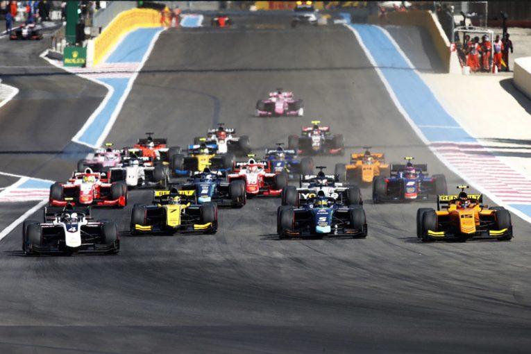 海外レース他 | FIA-F2第5戦フランス レース1:大荒れのレースをデ・フリースが制す。松下は悔しい9位。