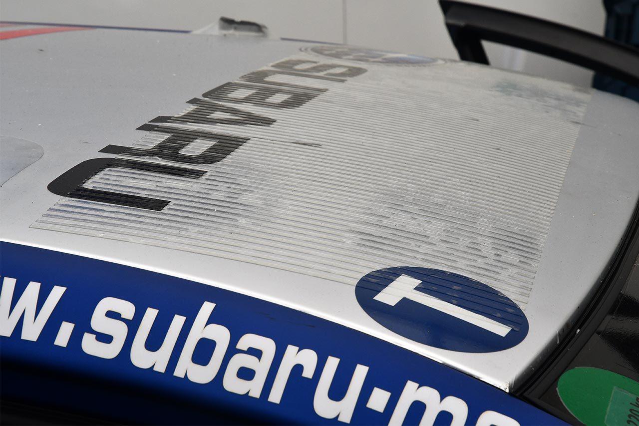 ニュルブルクリンク24時間:スバルWRX STIの塗装がマットになった理由は。ルーフにも工夫あり