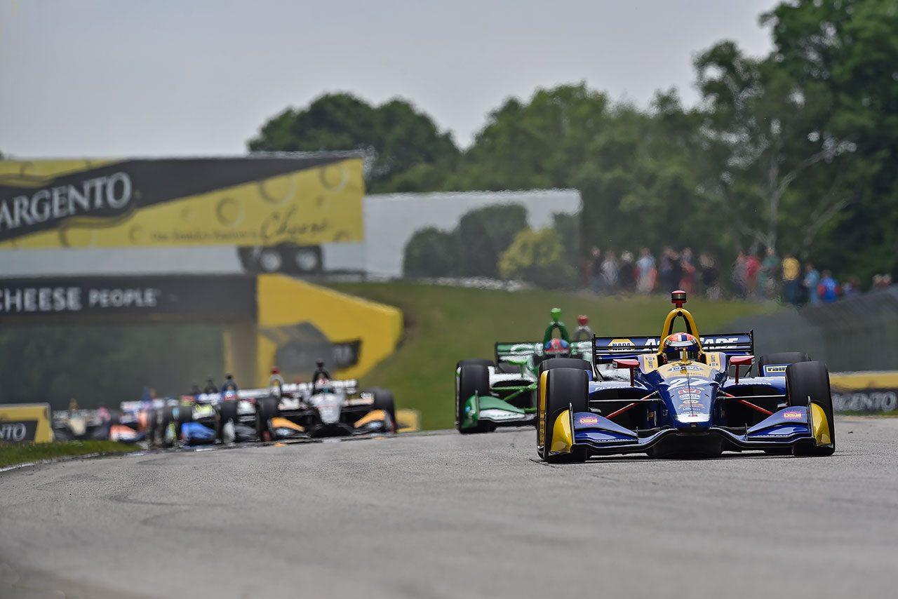 ロッシが圧勝劇。琢磨は厳しいレースに/【順位結果】インディカー第10戦ロードアメリカ決勝レース