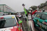 国内レース他 | TCRジャパン第2戦サンデーシリーズ:ジェントルマンクラスの前嶋秀司が優勝。セーフティカー2回の波乱を制す