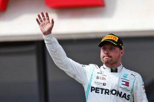 F1 | 劣勢のボッタスにメルセデスF1代表が助言。「ハミルトンに挑むにはタイヤマネジメントの改善が必要」