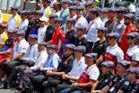 F1 | SNS特集F1フランスGP:揃いのハンチング帽でジャッキー・スチュワートの80歳を祝福。ポイント失ったリカルドに大勢のファンが激励のメッセージ