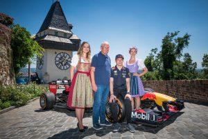 F1 | レッドブル・ホンダのフェルスタッペン、昨年初優勝の地、オーストリアへ。「難しいコースだが、ベストを尽くして戦う」