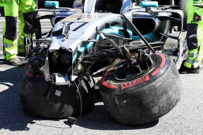 2019年F1第9戦オーストリアGP FP2でクラッシュしたバルテリ・ボッタス(メルセデス)