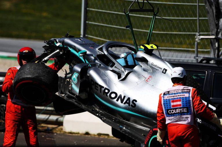 F1   F1第9戦オーストリアGP FP2:フェルスタッペンとボッタスが単独クラッシュ。赤旗2回の波乱のなかルクレールがトップ