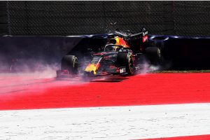 F1 | ホンダ田辺TD「全4台がスペック3で戦う初の週末。フェルスタッペンがクラッシュも土日のPUプランに影響なし」:F1オーストリアGP金曜