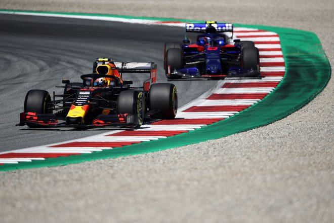 2019年F1第9戦オーストリアGP ピエール・ガスリー(レッドブル・ホンダ)とアレクサンダー・アルボン(トロロッソ・ホンダ)
