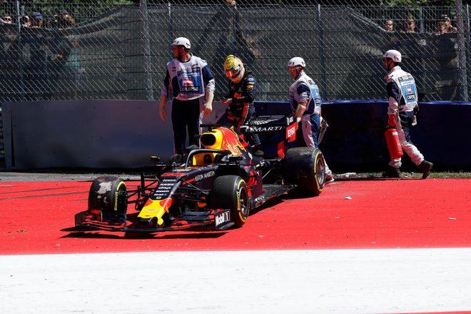 2019年F1第9戦オーストリアGP FP2でクラッシュを喫したマックス・フェルスタッペン(レッドブル・ホンダ)