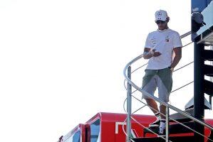 F1 | ハミルトン「予選はフェラーリやレッドブルとの熾烈な戦いになりそう」:メルセデス F1オーストリアGP金曜