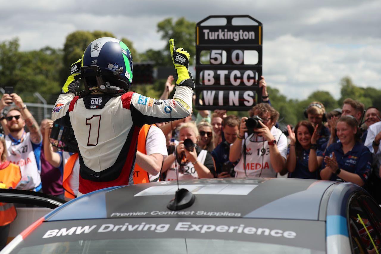 BTCC第5戦:猛威を振るう新型BMW、王者ターキントンも連勝でキャリア50勝達成