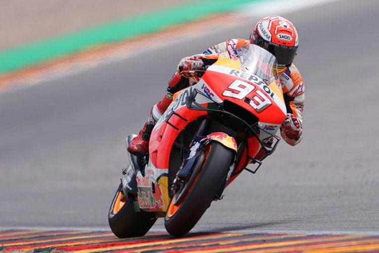 MotoGP | MotoGP:王者マルケスがドイツGP10年連続制覇の記録に向け好発進。中上は足の痛みに苦しむ