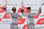 BMW Team Studieの木下隆之/砂子塾長組はレース2で優勝。今季5勝目を挙げた。