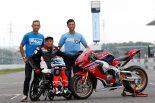 MotoGP | 元WGPライダーの青木拓磨が22年ぶりに鈴鹿を走る。鈴鹿8耐の前夜祭と決勝前にデモ走行