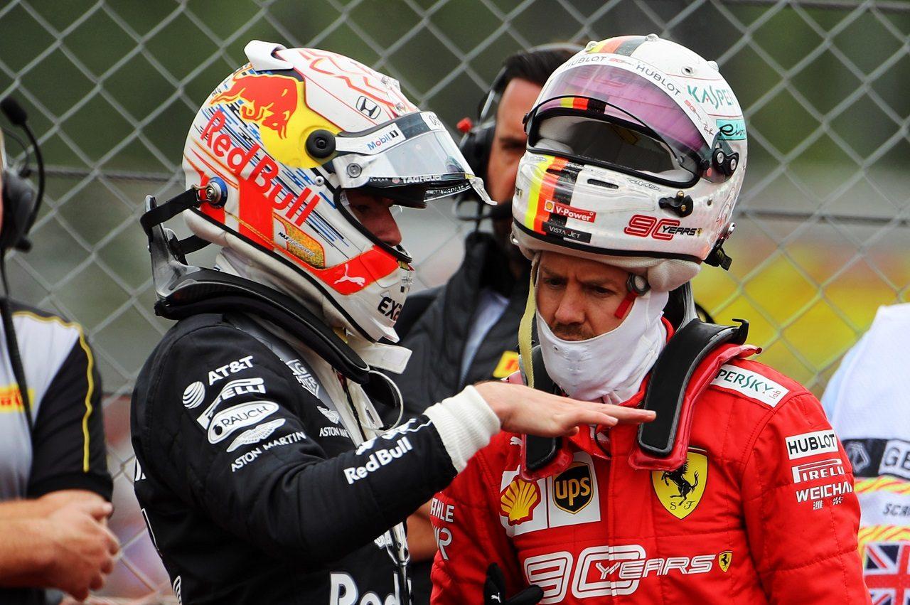 2019年F1第10戦イギリスGP日曜 マックス・フェルスタッペン(レッドブル・ホンダ)とセバスチャン・ベッテル(フェラーリ)
