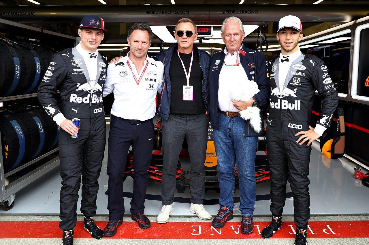 2019年F1第10戦イギリスGP日曜 レッドブル・レーシングを6代目ジェームズ・ボンド、ダニエル・クレイグが訪問
