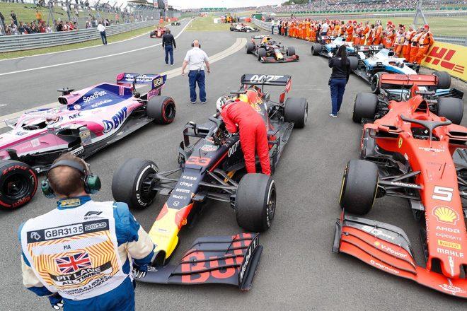 2019年F1第10戦イギリスGP決勝レース後、セバスチャン・ベッテルが謝罪に訪れている