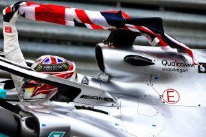 F1 | メルセデスのハミルトンが今季7勝目「SCのタイミングが完璧。バトルで無理をせず、チャンスを待っていた」