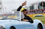 2019年F1第10戦イギリスGP ドライバーズパレードでのダニエル・リカルド(ルノー)
