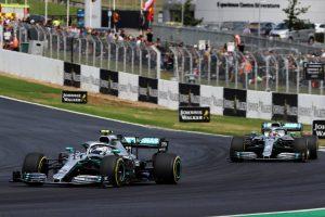F1 | メルセデスF1、ハミルトンとボッタスの戦略を分けることを決断「同じ作戦だったら1周目に結果が決まっていた」