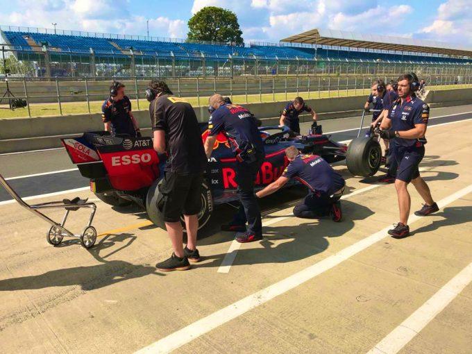 F1 | ピレリのF1タイヤテストでレッドブル・ホンダのセバスチャン・ブエミがクラッシュ。テストは途中で切り上げへ
