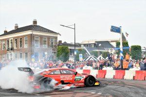 海外レース他 | DTM:初開催の第5戦アッセンを前に市内でデモラン。街を挙げて初開催を歓迎