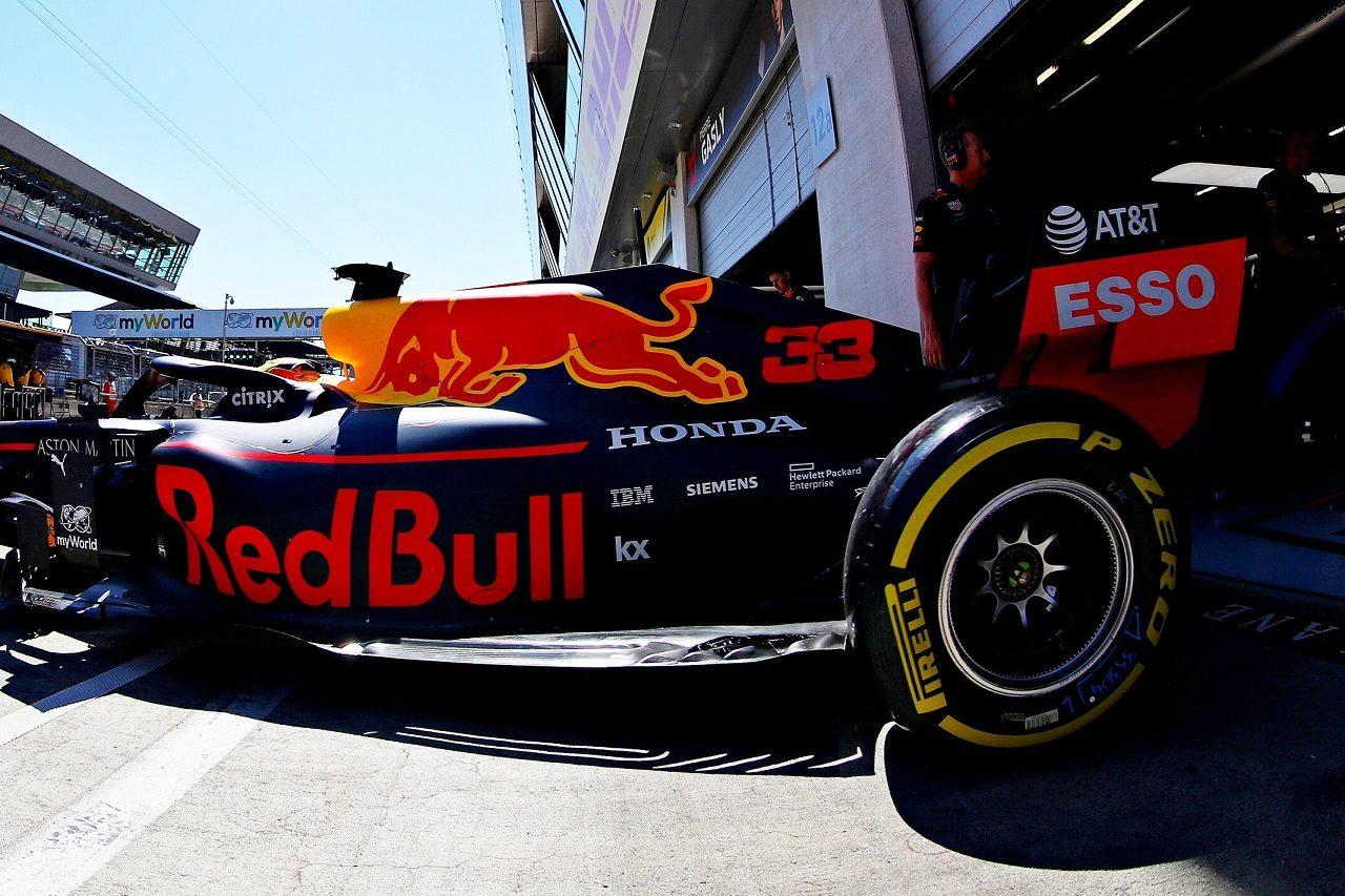 F1 | レッドブルF1代表、ホンダにさらなる向上を求める「シーズン後半、もっと強くなるための準備が進行中」