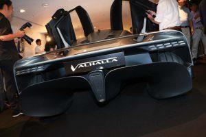 アストンマーティン第3のハイパーカー、『ヴァルハラ』が日本初公開