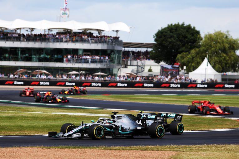 F1   ハミルトン、新たなF1会場の選定にはドライバーの意見を取り入れるべきと主張