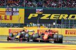 F1 | F1本来の魅力を演出したフェルスタッペンとルクレールの限界バトル【今宮純のイギリスGP採点】