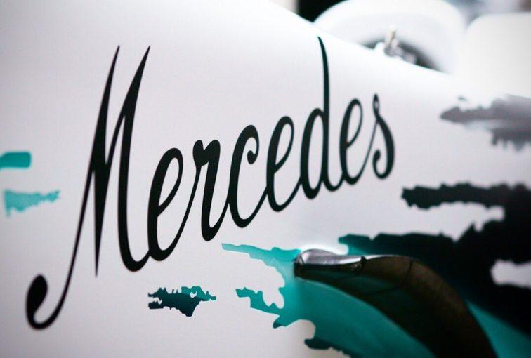 F1 | メルセデスF1、ドイツGPスペシャルマシンはホワイトに? ティーザー画像が公開