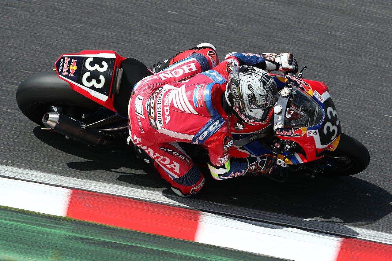 鈴鹿8耐:予選前のフリー走行はレッドブル・ホンダがトップで終える