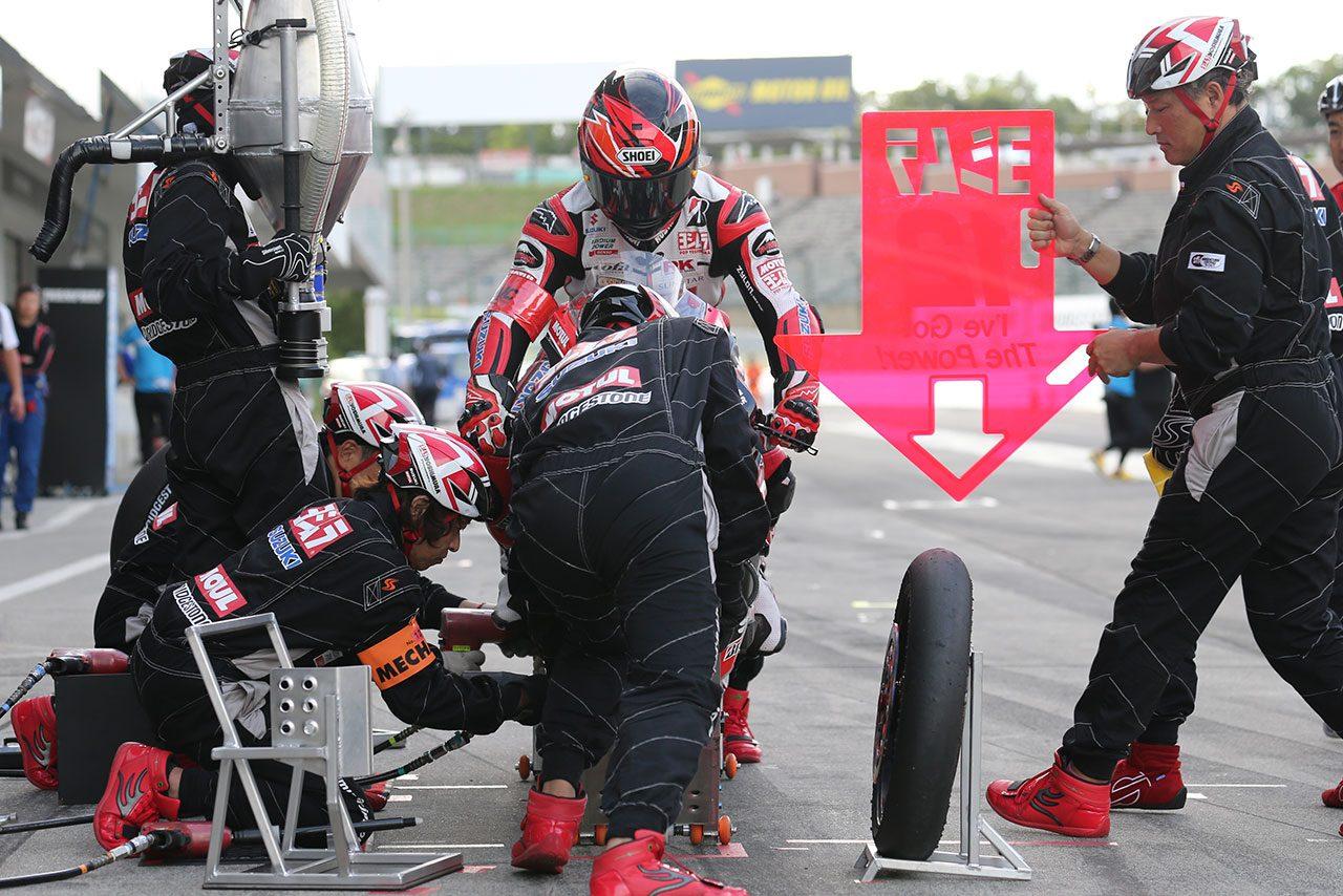 鈴鹿8耐:ヤマハが暫定ポール獲得。カワサキ、ホンダもトップ10トライアル進出決める
