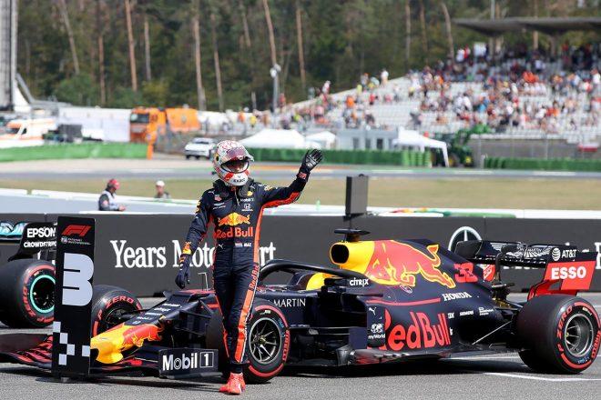 F1第11戦ドイツGP マックス・フェルスタッペン、予選後に間違えて3番ボードにマシンを止めてしまう。