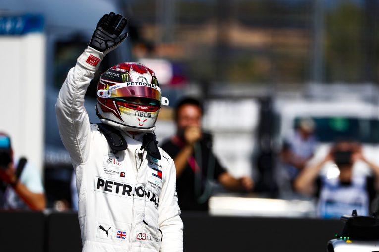 F1 | ポールのハミルトン、体調不良を押して出走「最悪のシナリオに備えてオコンがスタンバイしていた」メルセデス F1