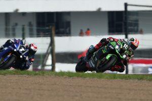 MotoGP | 鈴鹿8耐:6時間経過でヨシムラとTSRホンダが周回遅れに。トップはカワサキワークス