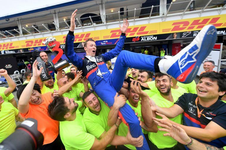 F1 | クビアト、娘誕生の翌日に表彰台「3位なんて信じられない。ホラーのようなクレージーなレースだった」トロロッソ・ホンダF1