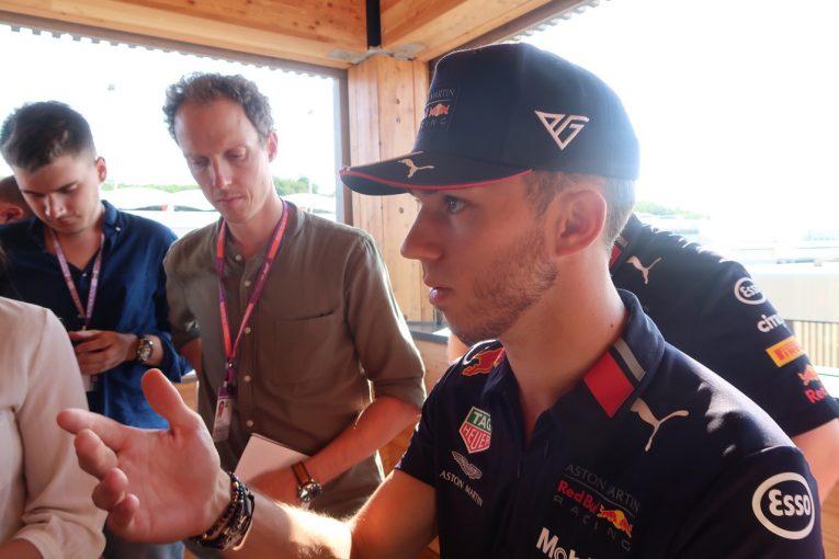 F1 | ピエール・ガスリーインタビュー:「マシンと自分の着実な進歩の手応えが、大きな拠り所だ」/F1ハンガリーGP