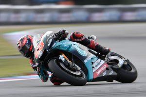 MotoGP | MotoGPチェコGP初日を制したのはヤマハのクアルタラロ。中上はFP2で転倒喫し12番手
