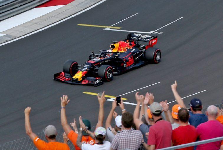 F1 | レッドブル代表「ホンダの功績を称えたい。彼らの努力あってこそのポールポジション」:F1ハンガリーGP土曜