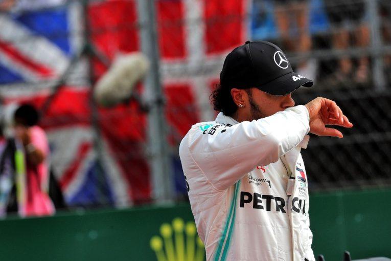 F1   メルセデスF1のハミルトン、予選3番手「ボッタスと協力し合って、フェルスタッペンを倒すことができるかも」