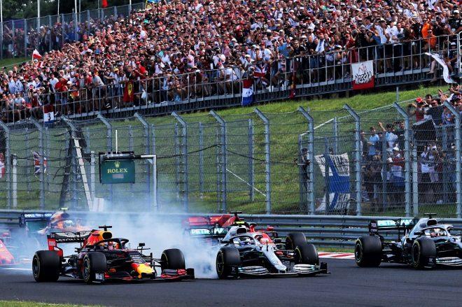 2019年F1第12戦ハンガリーGP 決勝スタート直後のマックス・フェルスタッペン(レッドブル・ホンダ)