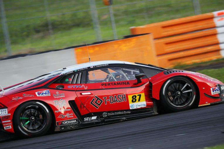 スーパーGT | クルマとタイヤを活かしきれ。GT300ならではの戦略がぶつかり合った500マイル《第5戦富士GT300決勝あと読み》