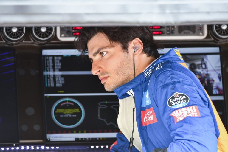 F1 | サインツ5位「純粋なペースでレッドブルの1台を上回り、その前でフィニッシュした」:マクラーレン F1ハンガリーGP