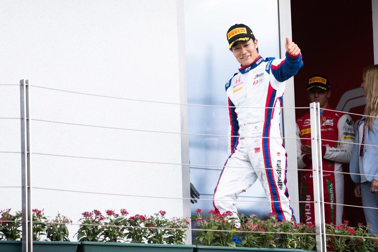 FIA-F2第8戦ハンガリー レース2:松下信治が2位表彰台獲得! 激戦を繰り広げたシューマッハーが初優勝